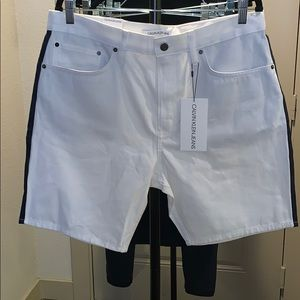 MEN. Calvin Klein Jean shorts!
